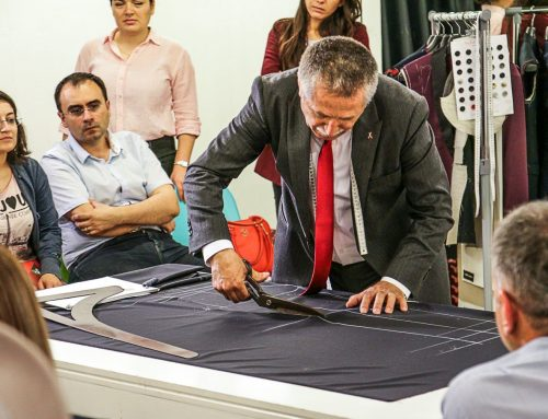 Te-ai intrebat vreodata cum se realizeaza costumele barbatesti Made to Measure?