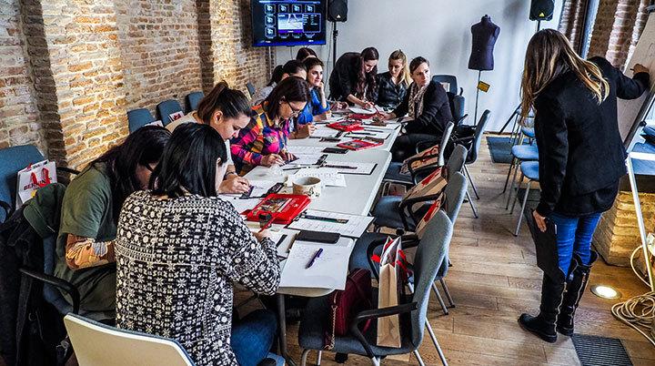 Creativo-toamna-2017-atelierele-ilbah-design-vestimentar-croitorie-fashion-broderie (9)